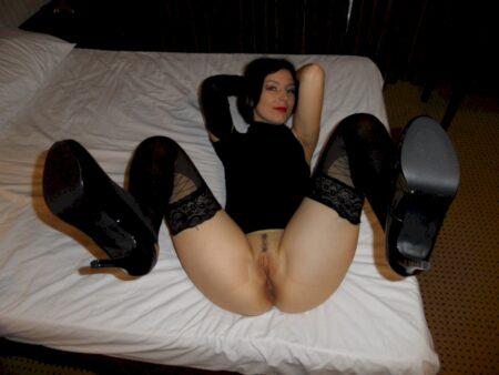 Belle libertine sexy propose une rencontre sexy
