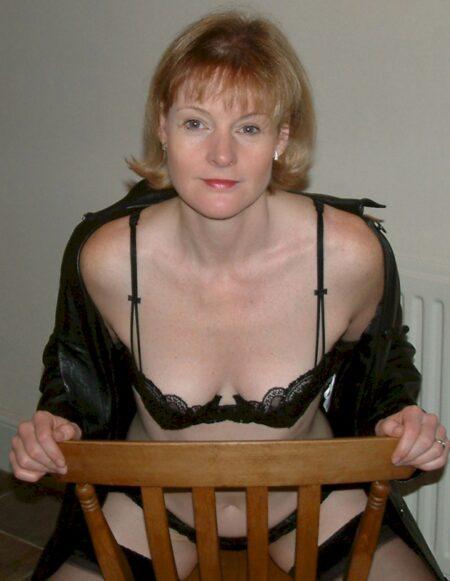 Femme cougar sexy de Rouen pour vous