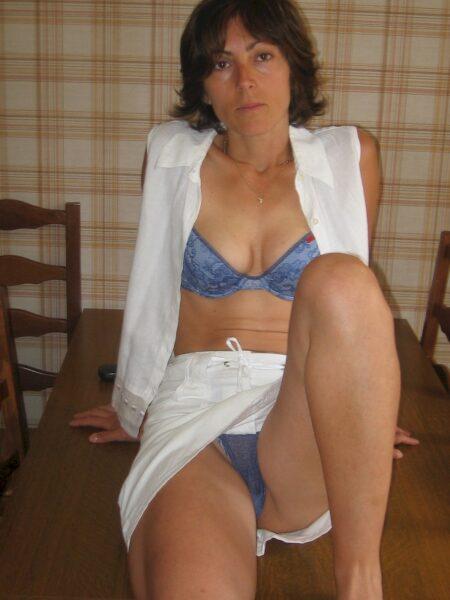 Femme sexy sur Pontarlier pour votre plaisir