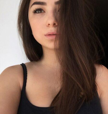 jeune femme coquine très sexy cherche un mec impudique
