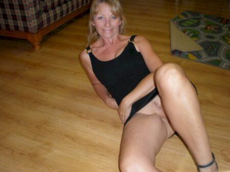 Passez un moment sans tabou avec une femme cougar sexy